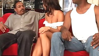 Double penetration game for alluring unilluminated Sandra Romain