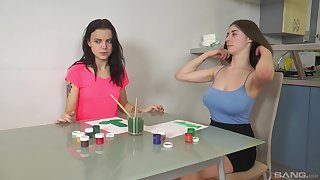 Teen artsy lesbians Tetti Dew Komi and Clary simulate with toys
