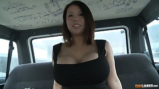 Juggy Asian hoe Tigerr Benson flashes her big tits and gets fucked involving the back seat