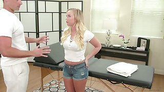 Chips blowing dick of her masseur nicely shaped Bailey Brooke is poked