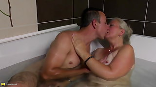 Lovely mature mom gets young cock in her prudish cunt