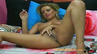 Tanned Blond Hair Babe Cunt Masturbation