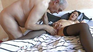 La France A Poil - Horny Old Pervert Asks His Asian Nur