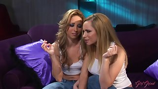 GirlGrind - Hot blonde lesbian couple Aiden Starr and L